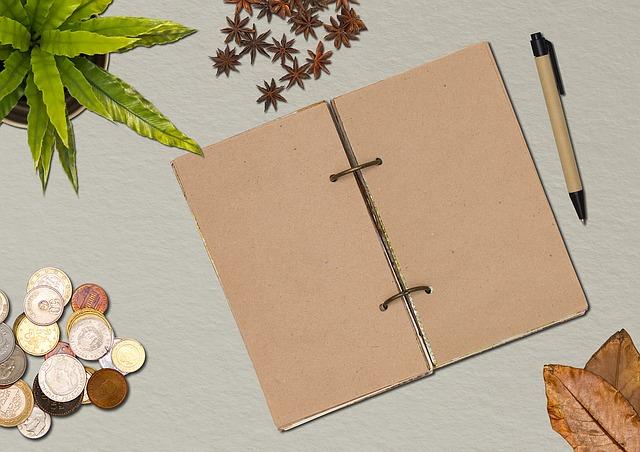 Ежедневник на столе: контролировать свое время поможет составление списков