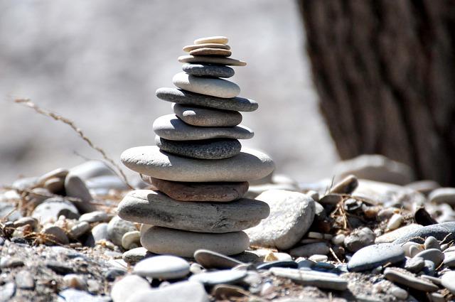 Горка камней, которые лежат один на другом