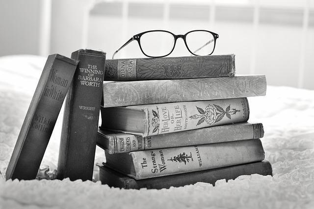 Книги и очки