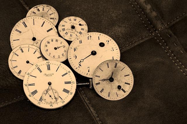 Часы. Новая жизнь после Нового года